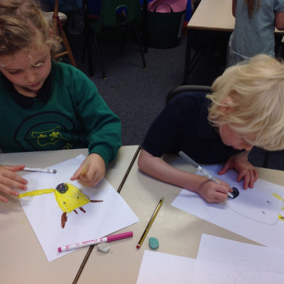 Children producing wonderful drawings at Catherine Rayner's workshop