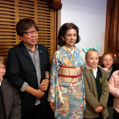 Illustrator Jun Takabatake and author, Megumi Iwasa with some children who enjoyed their performance in Stafford 2017